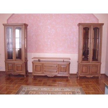 Гостиная с 2-х дверными витринами Венеция