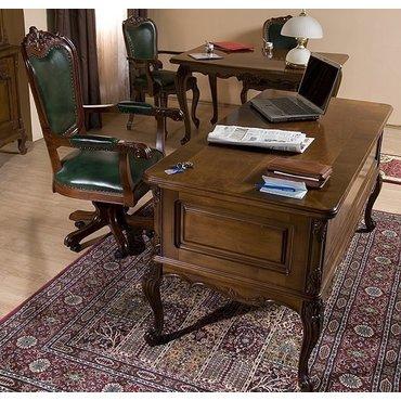 Поворотный стул кожа ROYAL с подлокотниками