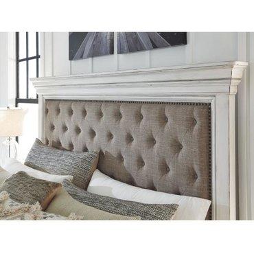 Деревянная кровать Kanwyn B777-54-157-96 Queen