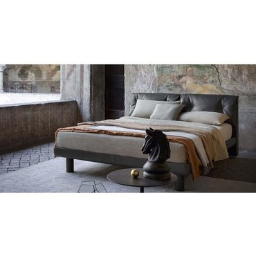 Двуспальная кожаная кровать Модель 89