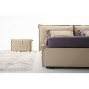 Двуспальная кожаная кровать Модель 38