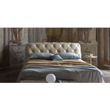 Двуспальная кожаная кровать Модель 77