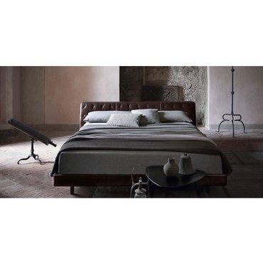 Двуспальная кожаная кровать Модель 82