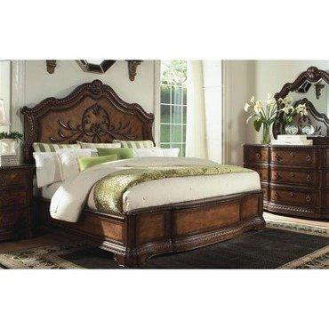Деревянная кровать King Pemberleigh 3100-4106K