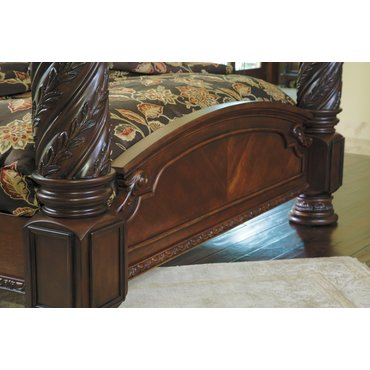 Деревянная кровать King North Shore B553-150-151-162-172-199
