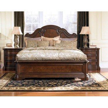 Деревянная кровать King Chamblee B684-56-58-97