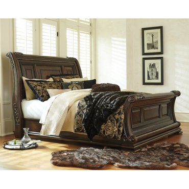 Деревянная кровать King Valraven Ashley B780-76-78-97